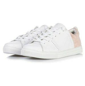 Make an offer! White Comfy Skecher Sneakers